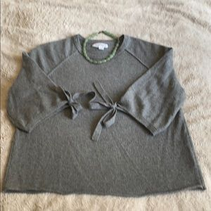 Velvet by Graham and Spencer cashmere sweater L